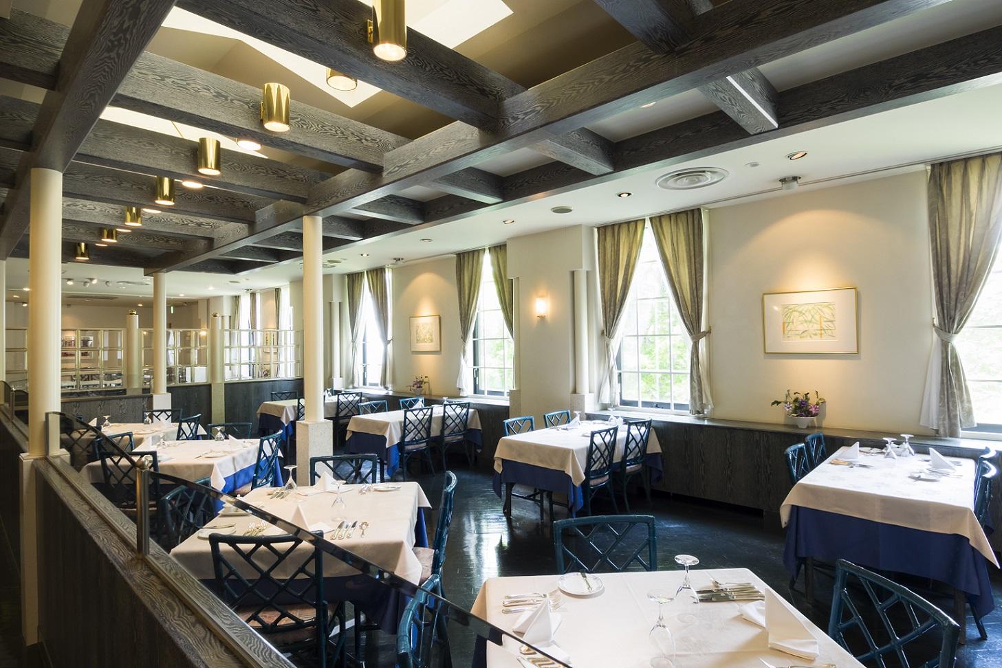 "French restaurant ""Sahoro Garden"""